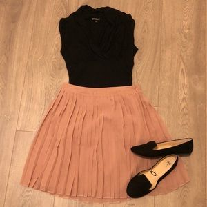 LC Lauren Conrad Blush Pleated Skirt